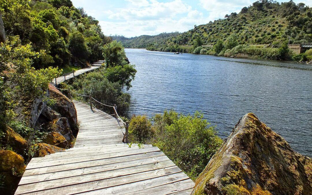5 Passadiços Imperdíveis em Portugal